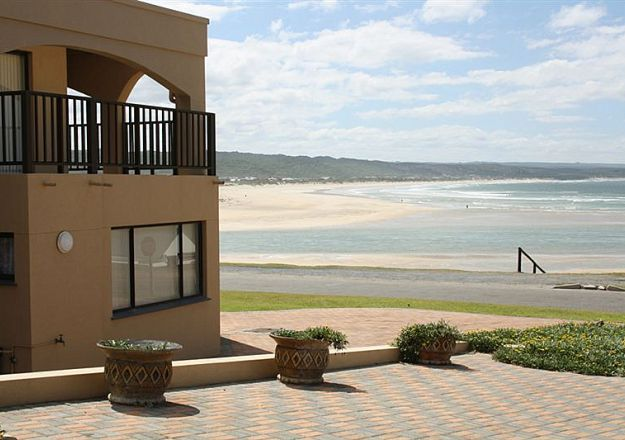 Beach Castle Stilbaai Self Catering