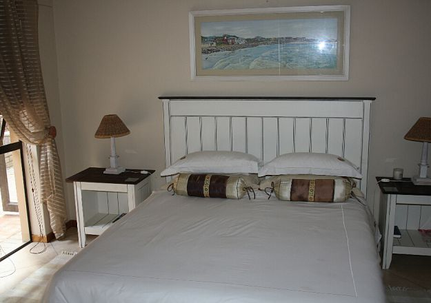 Beach Castle Stilbaai Bedroom