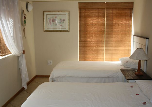 Beach Castle Stilbaai Bedroom 2 single Beds